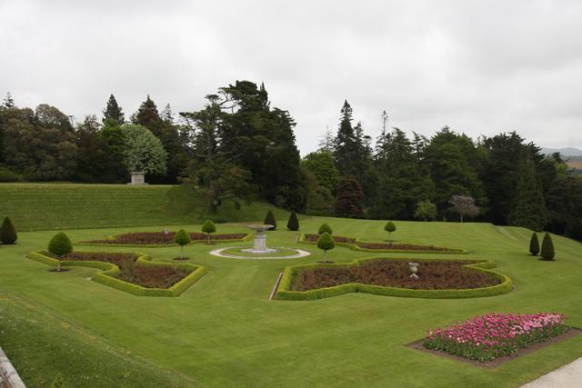 Parter Lawn